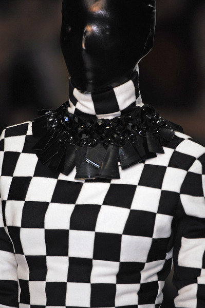 Gareth Pugh at London Spring 2007 (Details)