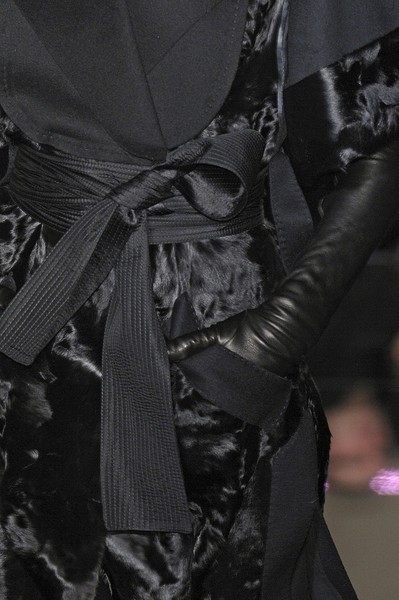 Gianfranco Ferré Fall 2007 - Details
