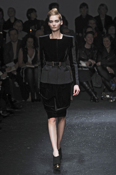 Gianfranco Ferré Fall 2009