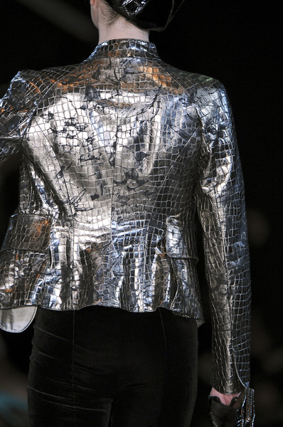 Giorgio Armani at Milan Fall 2009 (Details)