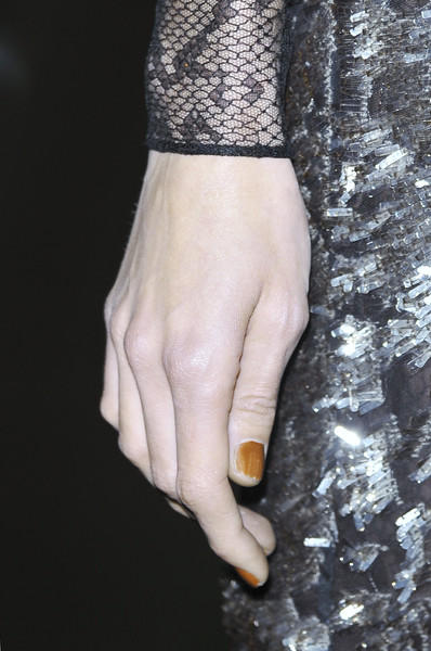 Gucci Fall 2010 - Details