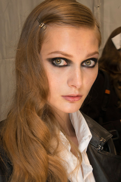Guy Laroche Spring 2013 - Backstage