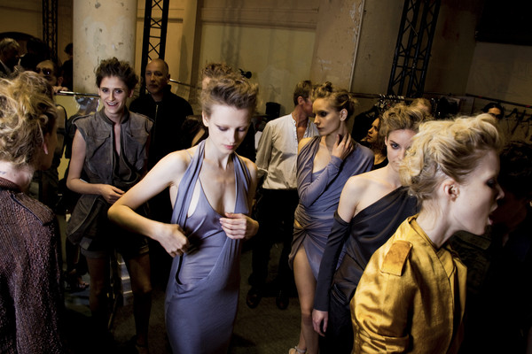 HAIDER AKERMANN Spring 2010 - Backstage