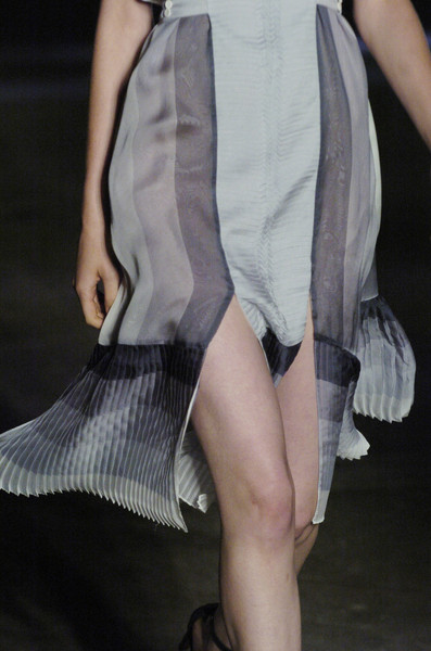 Jonathan Saunders at London Spring 2006 (Details)