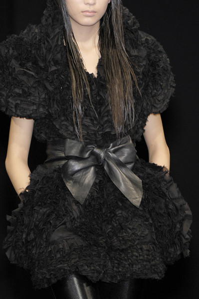 Jose Castro at Paris Fall 2007 (Details)