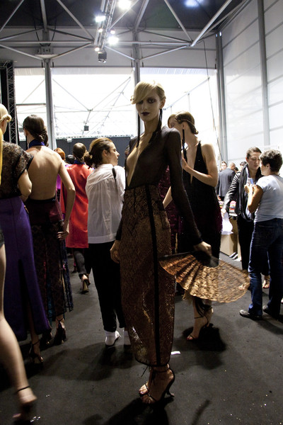 Louis Vuitton Spring 2011 - Backstage