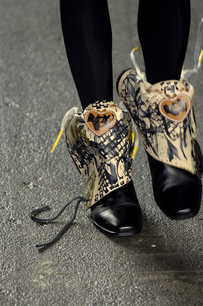 Luella Bartley at New York Fall 2007 (Details)