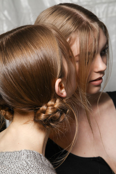 Marc Jacobs Fall 2012 - Backstage