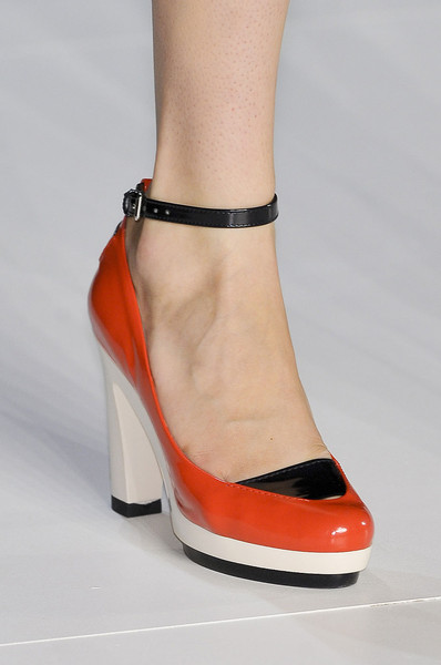 Marc by Marc Jacobs Spring 2012 - Details