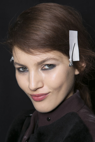 Marco de Vincenzo at Milan Fall 2013 (Backstage)