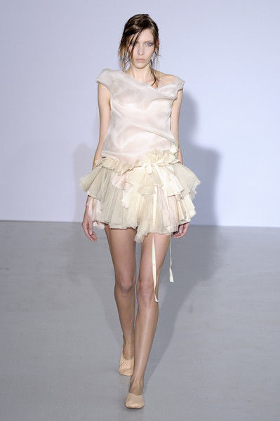 Moon Young Hee Spring 2011