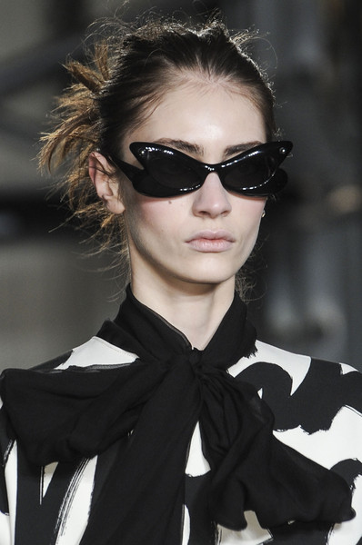 Moschino Cheap & Chic Fall 2013 - Details