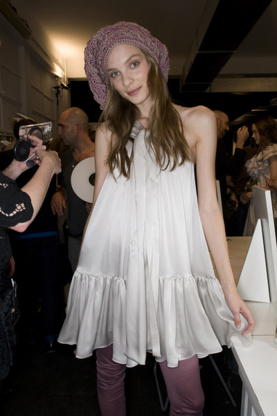 Moschino Cheap & Chic at Milan Spring 2009 (Backstage)