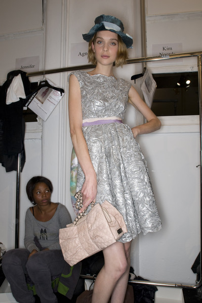 Moschino Cheap & Chic Spring 2009 - Backstage