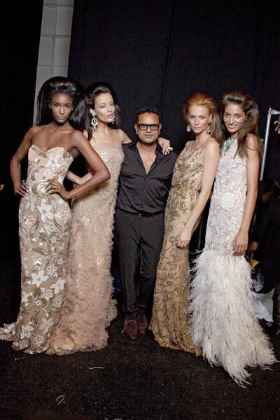 Naeem Khan Spring 2011 - Backstage