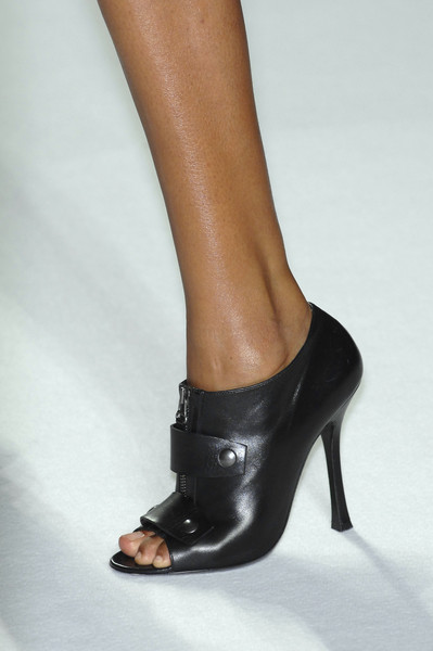 Narciso Rodriguez Spring 2009 - Details