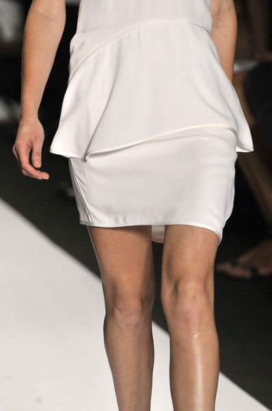 Narciso Rodriguez at New York Spring 2010 (Details)