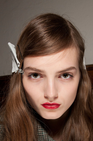 Normaluisa at Milan Fall 2012 (Backstage)