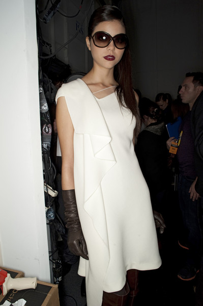 Pamella Roland Fall 2010 - Backstage