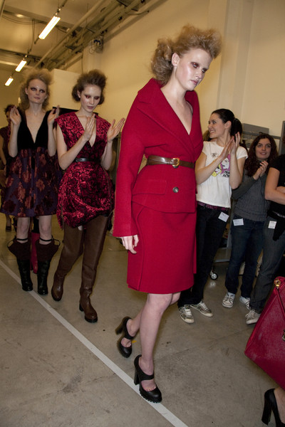 Prada Fall 2009 - Backstage