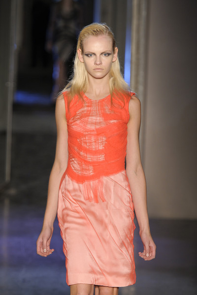 Rue du Mail at Paris Spring 2011