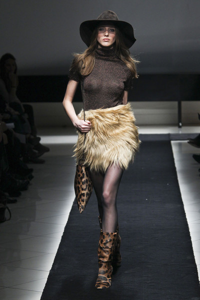 Simonetta Ravizza Fall 2011