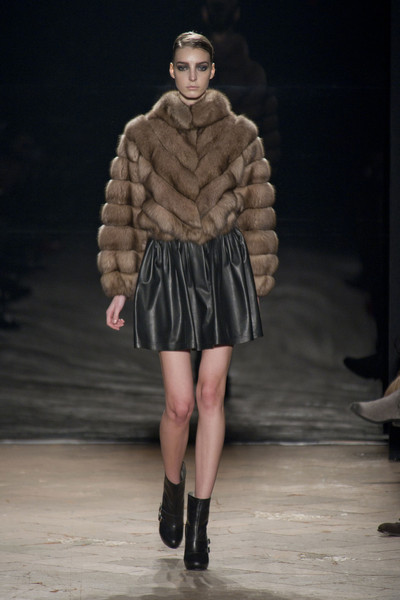 Simonetta Ravizza Fall 2013