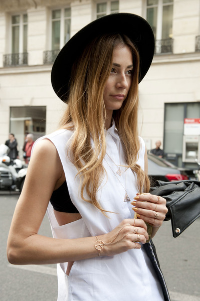 Thick-Brimmed Hat