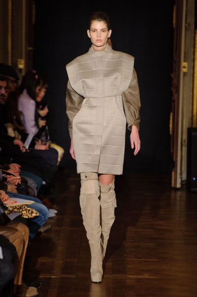 Steffie Christiaens at Paris Fall 2013