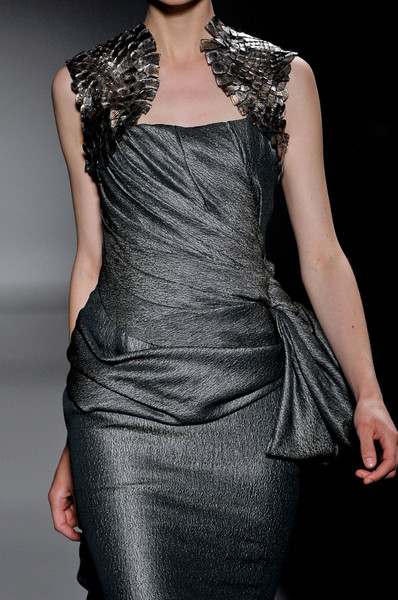 Stéphane Rolland at Couture Fall 2011 (Details)
