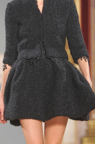 Valentin Yudashkin at Paris Fall 2012 (Details)