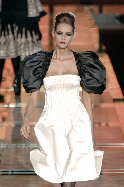 Valentino at Couture Fall 2006