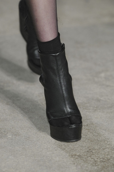Véronique Leroy Fall 2011 - Details