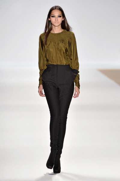 Yigal Azrouël at New York Fall 2009