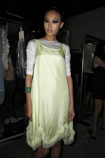 Yigal Azrouël Spring 2009 - Backstage