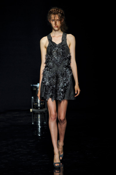 Yiqing Yin Fall 2012