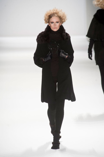 Zang Toi Fall 2013