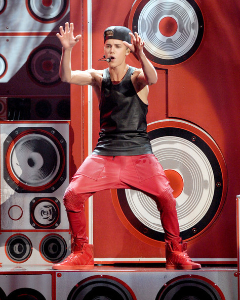 Justin Bieber's Saggy Red Leather Pants