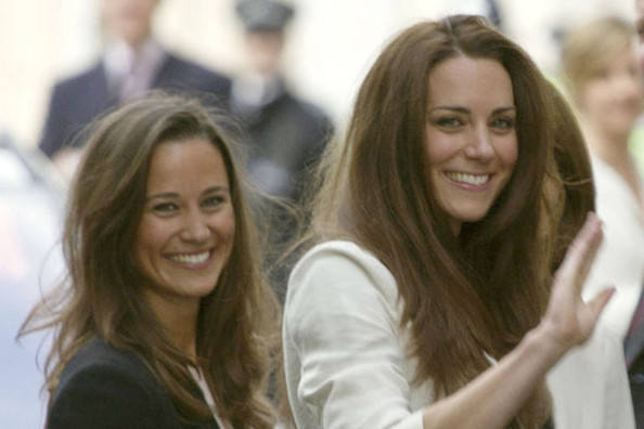 8uDasXvtNell Kate and Pippa Middleton Spark Sheer Pantyhose Trend