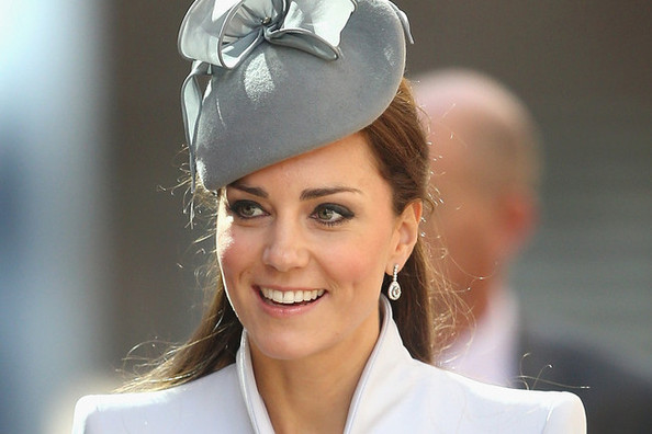 Hair Envy Of The Day: Kate Middleton's Pinned-Back Half Pony