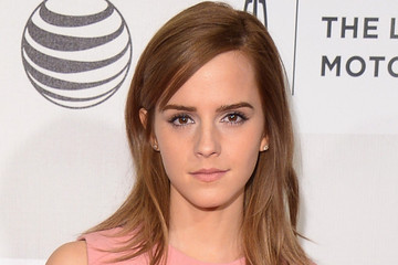 Emma Watson Wears The Prettiest Pastel Pink Makeup