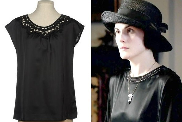 Michelle Dockery's Cut Out Collar on 'Downton Abbey'