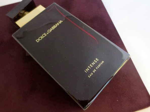 Unboxing Dolce & Gabbana's Newest Scent, Intense