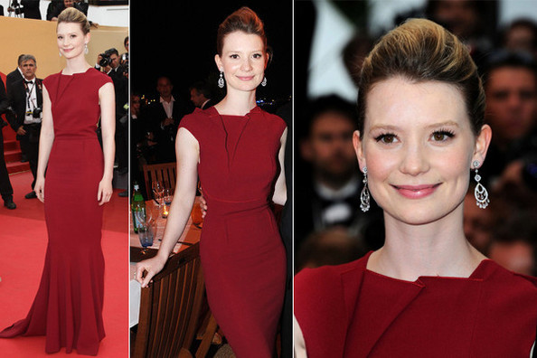 Look of the Day: Mia Wasikowska in Roland Mouret