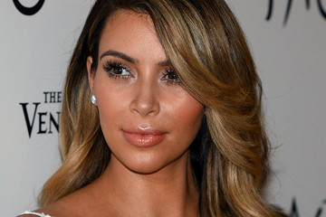 Kim Kardashian Is A Brunette Again—See The New 'Do!