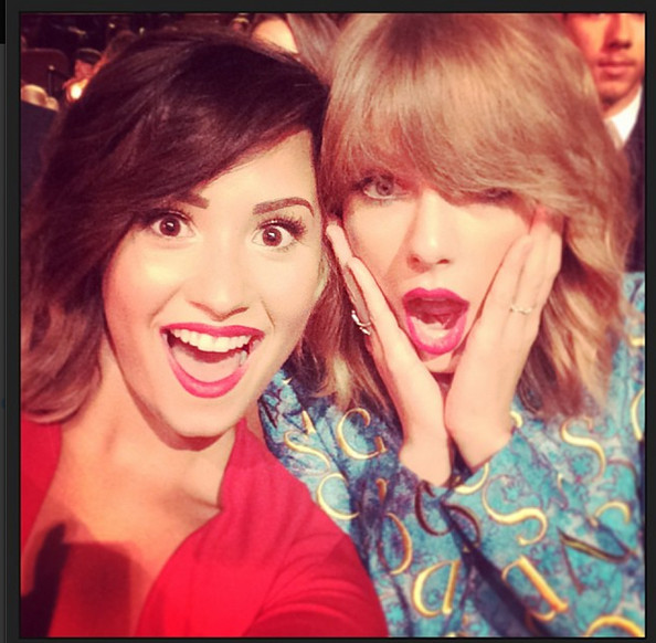 Demi Lovato and Taylor Swift's Shocking Selfie