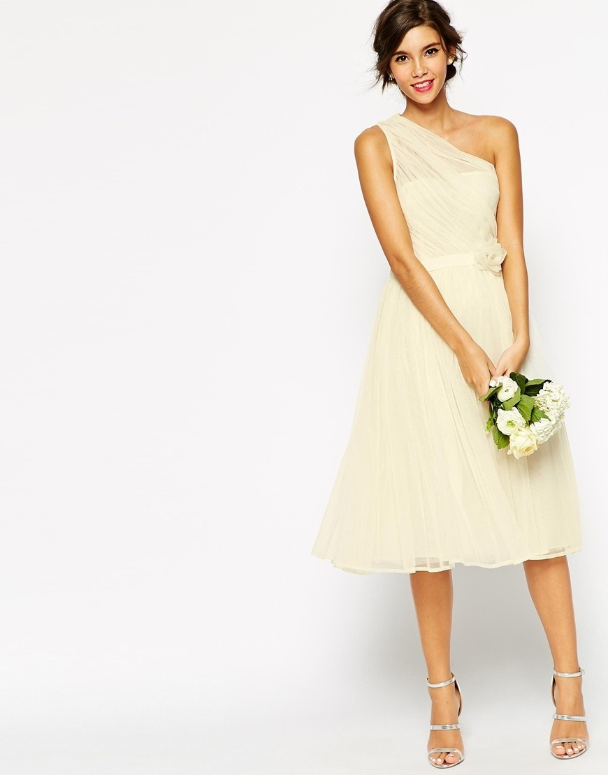 Wedding Dresses That Aren't Actually Wedding Dresses