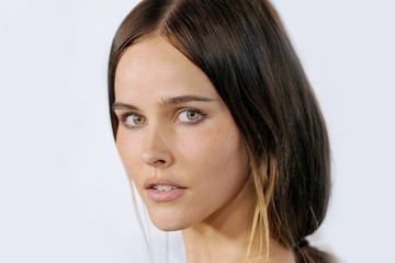 Meet Isabel Lucas, Our Boho Style Crush