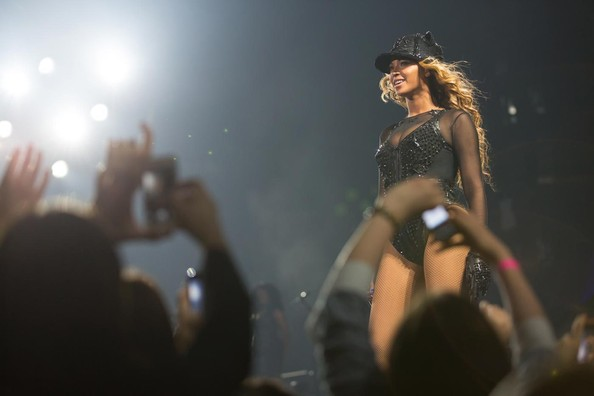 Beyonce's Mrs. Carter Stagewear Is Just as Sparkly as You'd Expect