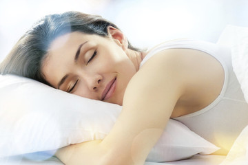 Sleeping Pretty: Tips for a Solid Beauty Sleep